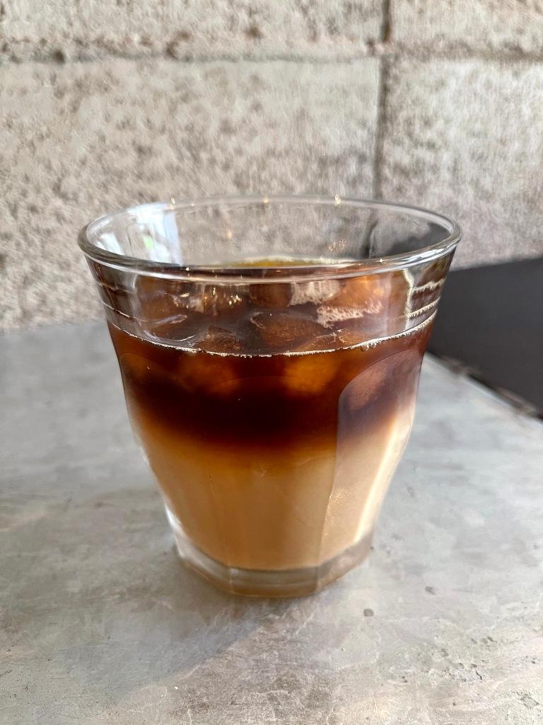cafe & bar CHIMP